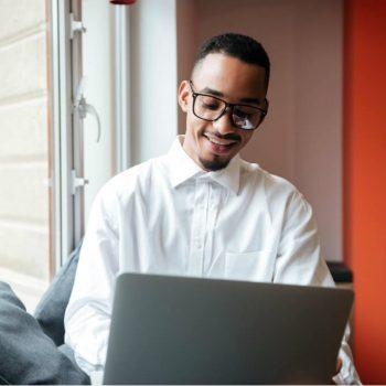 6 dicas para conciliar trabalho e estudo para o vestibular