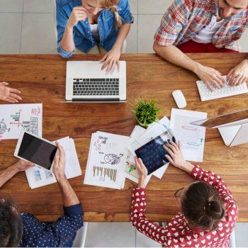 Profissões em alta: saiba quais são as áreas mais promissoras