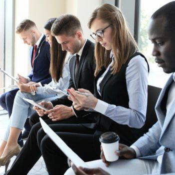 Saiba como se vestir na entrevista de emprego de forma adequada