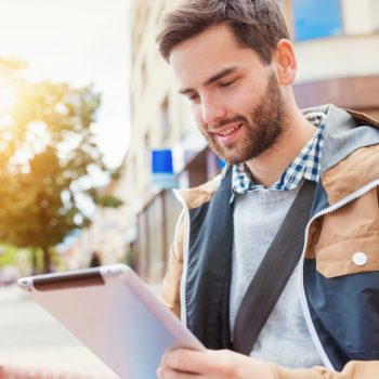 Descubra como otimizar seus estudos com 8 hacks de tecnologia!