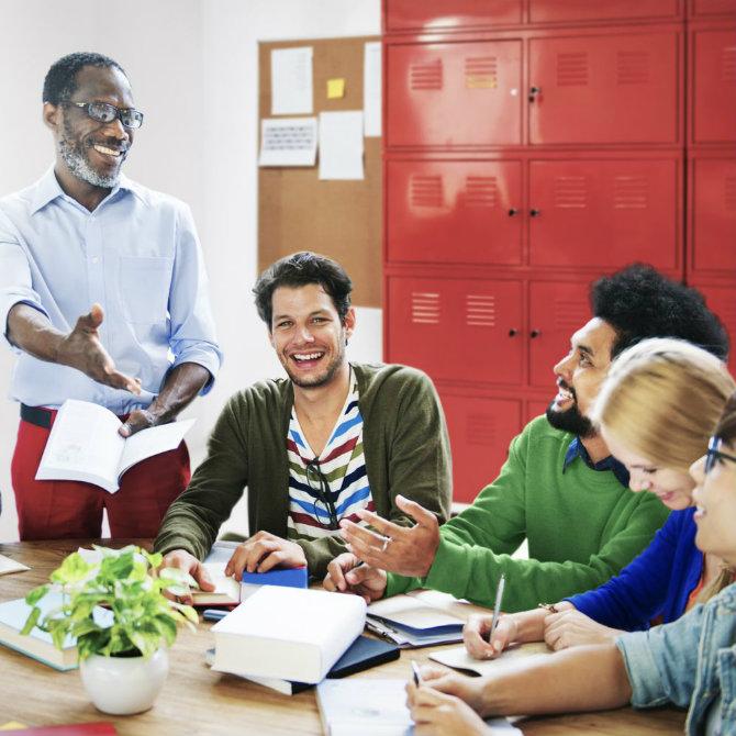 Ensino para os que ensinam: conheça a Pós-Graduação para professores
