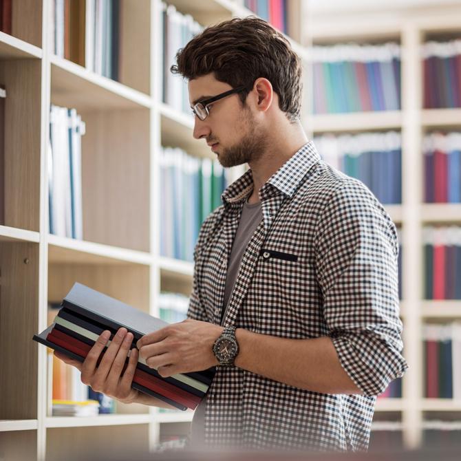 7 sugestões de curso de pós-graduação para a carreira pública