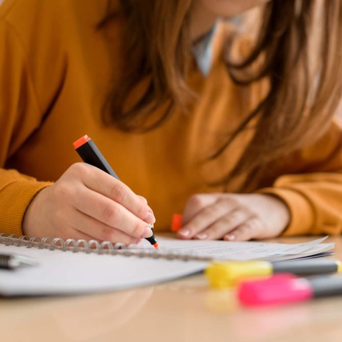 Saiba como montar um local de estudo ideal para o seu dia a dia