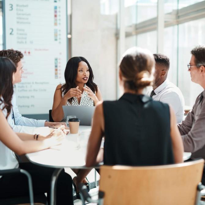 Saiba o que faz um profissional de comunicação empresarial