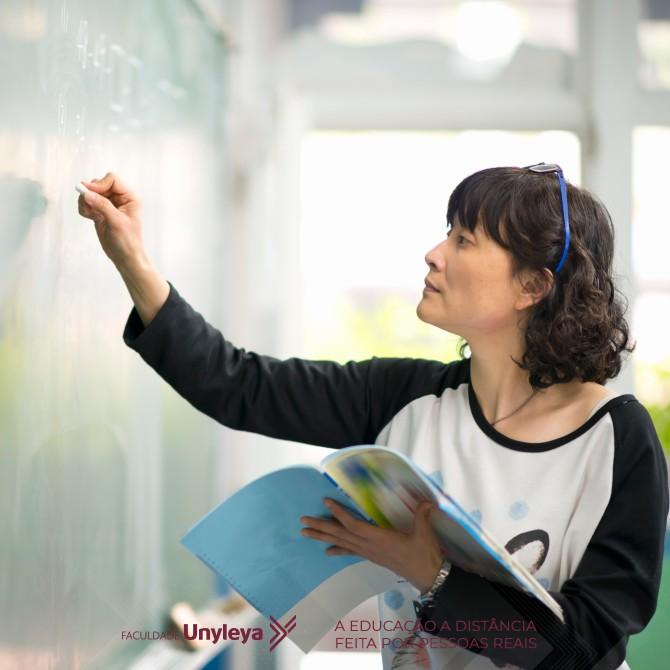 Quer ser professor? Saiba o que é e como funciona a Formação Pedagógica