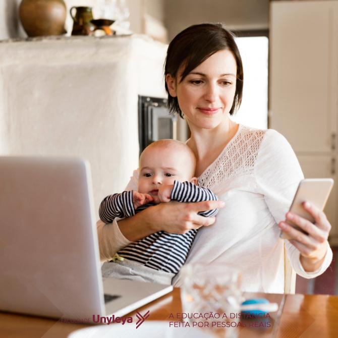 trabalhar estudar e ser mãe